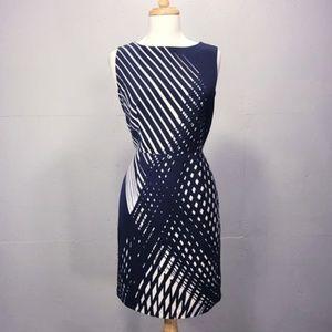 @ Chetta B size 4 Sheath Navy White Dress Career